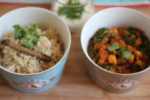 Masala with chickpea and spinach