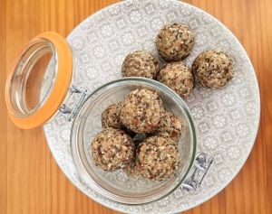 Date and tahini_4 (2)